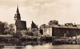 Ansichtkaart Werkendam Hervormde Kerk met Herv. Chr. School Type fotokaart HC100