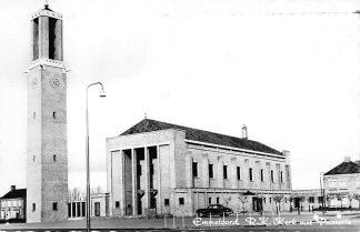 Ansichtkaart Emmeloord R.K. Kerk met Pastorie en auto 1963 HC1022