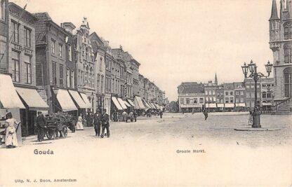 Ansichtkaart Gouda Groote Markt Stadhuis Niet afgebouwde kerk Kleiweg Volk 1902 HC108