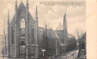 Ansichtkaart Alphen aan den Rijn Ruïne der Ned. Herv. Kerk Brand 7 april 1916 HC118