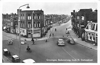 Ansichtkaart Groningen 1958 Bedumerweg hoek N. Stationsstraat Auto HC1282