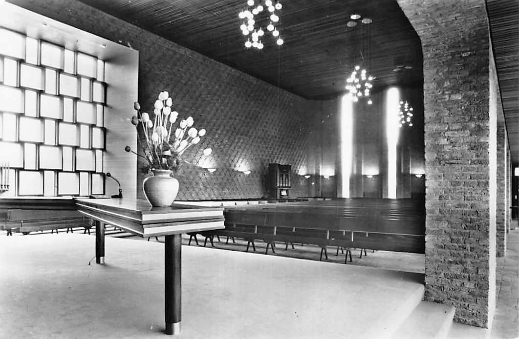ansichtkaart gouda interieur ned hervormde paulus kerk 1966 hc1382