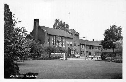 Ansichtkaart Zwijndrecht Raadhuis 1960 HC1398