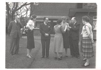 Ansichtkaart Beek (GD) 1957 Fotokaart Personeel Notaris kantoor HC1455