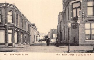 Ansichtkaart Bodegraven Postkantoor Prins Hendrikstraat hoek Willemstraat Uitg. Karssen No. 10368 HC198