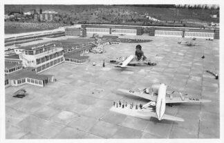 Ansichtkaart Den Haag Madurodam Airport 1954 KLM Vliegtuigen Luchtvaart HC221