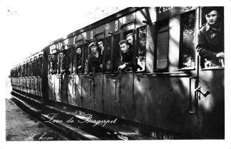 Ansichtkaart Militair Soldaten afgezwaaid In de trein Leve de Burgerpet Ik kom ... 1956 Spoorwegen Treinen HC233
