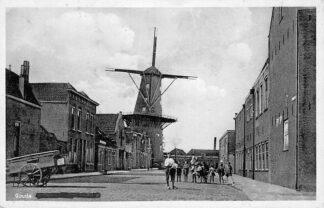 Ansichtkaart Gouda Molen op de Verloren Kost (verbrand) Naam doorgestreept HC247