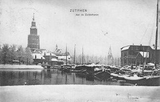Ansichtkaart Zutphen Schepen in de sneeuw Zuiderhaven Winter 1907 Binnenvaart HC270