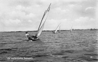 Ansichtkaart De Hollandsche zeilsport 15 Zeilen Schepen 1933 HC276