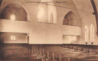 Ansichtkaart Maastricht Interieur der Gereformeerde Kerk HC282