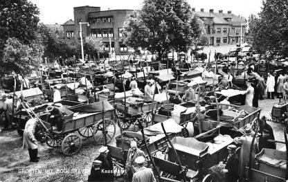 Ansichtkaart Bodegraven Kaasmarkt Boeren brikken kaas markt 1962 HC288