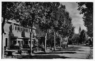 Ansichtkaart Ermelo Azalealaan met kerk 1954 HC346