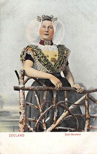Ansichtkaart Zuid-Beveland Goes Vrouw in klederdracht voor 1906 HC366