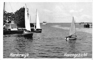 Ansichtkaart Harderwijk Haven gezicht met zeilschepen HC376