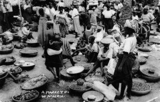 Ansichtkaart A market in Nigeria Lagos Fotokaart Afrika Wereld HC432