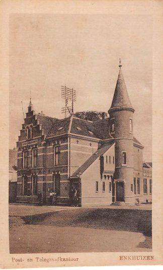 Ansichtkaart Enkhuizen Post- en Telegraafkantoor Postkantoor HC443
