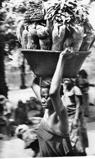 Ansichtkaart Congo Belge Type de Femme Indigene Afrika Africa Wereld HC462