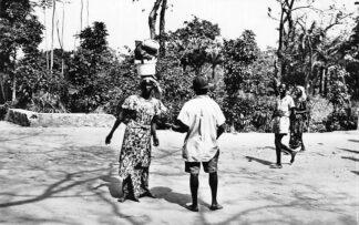 Ansichtkaart Congo Belge Coutumes et Folklore Indigenes Afrika Africa Wereld HC491