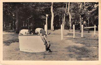 Ansichtkaart Austerlitz Pyramide  Jongens in de put Maarn Zeist 1947 HC519