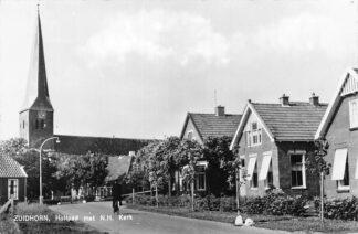 Ansichtkaart Zuidhorn Holtpad met N.H. kerk 1966 HC564