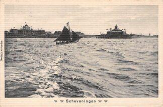 Ansichtkaart Scheveningen Vissers schip voor de Pier 1915 Speelman Den Haag No. 75 HC585
