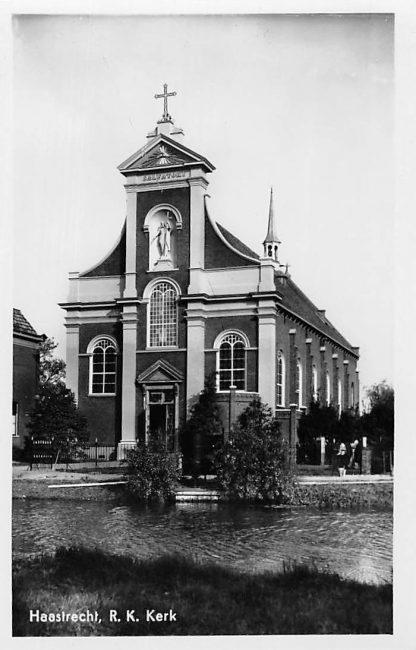 Ansichtkaart Haastrecht R.K. Kerk 1948 HC606