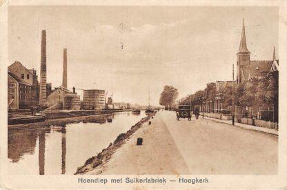 Ansichtkaart Hoogkerk Hoendiep met Suikerfabriek en Gereformeerde Kerk Auto 1928 HC651