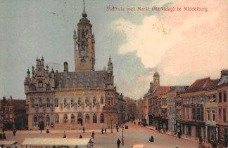 Ansichtkaart Middelburg Stadhuis met Markt (Marktdag) HC66