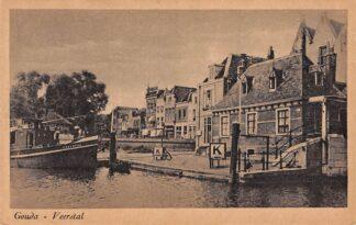 Ansichtkaart Gouda Veerstal Tolhuis Haven IJssel Binnenvaart schepen Ecbertha HC752