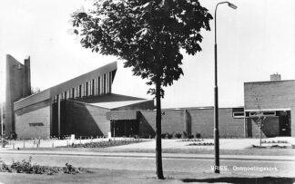 Ansichtkaart Vries Gereformeerde Onmoetingskerk HC809
