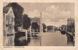 Ansichtkaart Bodegraven Rijngezicht met Fabriek en binnenvaart schepen HC866