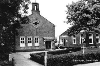 Ansichtkaart Pieterburen Gereformeerde Kerk HC961