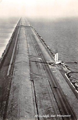 Ansichtkaart Afsluitdijk met Monument 1957 KLM Luchtfoto nr. 30350 IJsselmeer HC1540