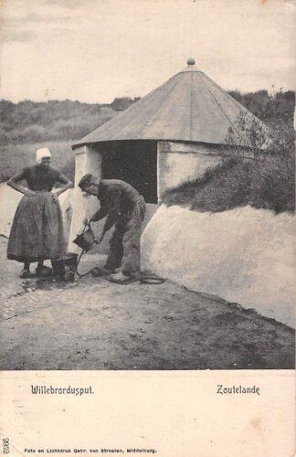 Ansichtkaart Zoutelande Willebrordusput Klederdracht HC1551
