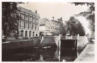 Ansichtkaart Gouda Westhaven Postkantoor Slagerij en Vleeschhouwerij 1946 HC1565