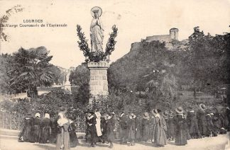 Ansichtkaart Frankrijk Lourdes Vierge Couronnee de l'Esplanade 1923 France Europa HC1585