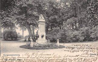Ansichtkaart Gouda Gompers 1906 Houtmansplantsoen met monument naast de molen HC1631