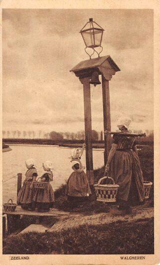 Ansichtkaart Zeeland Walcheren Klederdracht Middelburg 1939 HC1798