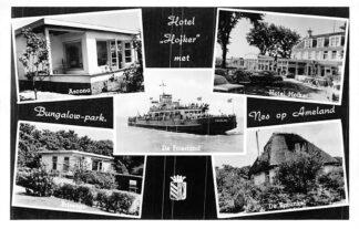 Ansichtkaart Ameland Nes Hotel Hofker met Bungalowpark Veerpont 1957 HC1881