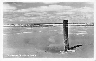 Ansichtkaart Terschelling 1954 Strand bij Paal 15 HC1950