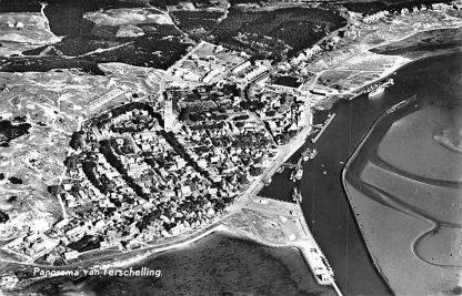 Ansichtkaart Terschelling 1966 Panorama Vuurtoren KLM Luchtfoto no. 18666 HC1952