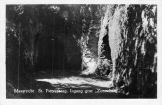Ansichtkaart Maastricht 1951 St. Pietersberg Ingang grot Zonneberg HC2043