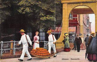 Ansichtkaart Alkmaar Kaasmarkt Klederdracht HC2141