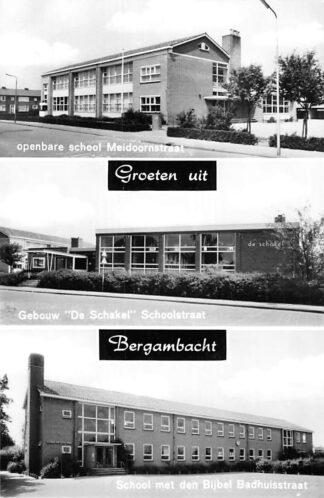 Ansichtkaart Bergambacht Groeten uit Openbare School Meidoornstraat Gebouw De Schakel Schoolstraat School met den Bijbel Badhuisstraat HC2251