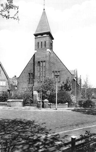 Ansichtkaart Zaandijk Gereformeerde Kerk Parklaan HC2281