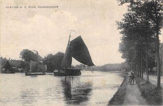 Ansichtkaart Alphen aan den Rijn Rijngezicht met binnenvaart schepen 1921 HC2302