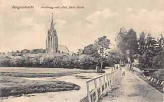 Ansichtkaart Bergambacht Kerkweg met Ned. hervormde Kerk 1926 HC2334