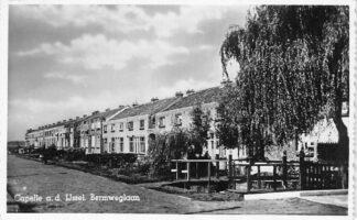 Ansichtkaart Capelle aan den IJssel Bermweglaan HC2339