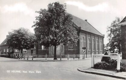 Ansichtkaart De Heurne bij Aalten Ned. Hervormde Kerk 1963 HC2430